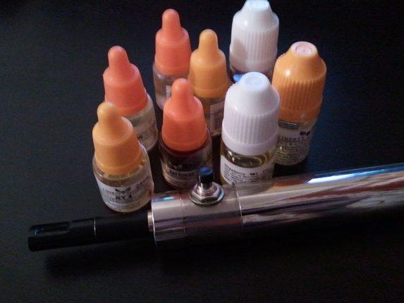 Calculateur DIY et e-liquide pour cigarette électronique