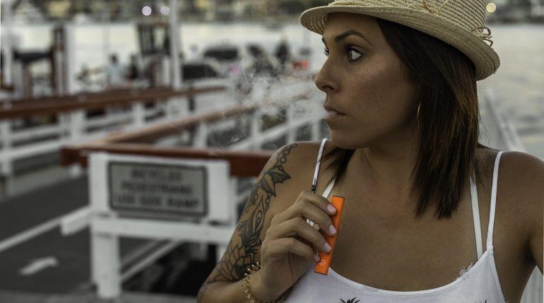 pourquoi la cigarette électronique me fait-elle tousser